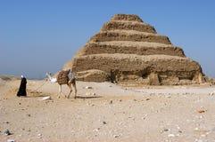 αρχαίο βήμα πυραμίδων djoser zoser Στοκ φωτογραφία με δικαίωμα ελεύθερης χρήσης