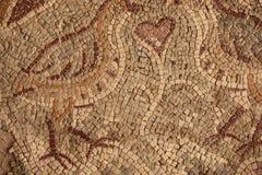 Αρχαίο βυζαντινό μωσαϊκό πατωμάτων από τις εκκλησίες της πόλης Madaba, Ιορδανία στοκ εικόνα με δικαίωμα ελεύθερης χρήσης