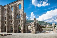 Αρχαίο θέατρο σε Aosta - την Ιταλία Στοκ Εικόνες