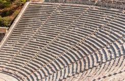 Αρχαίο θέατρο Epidaurus, κινηματογράφηση σε πρώτο πλάνο της Αργολίδας, Ελλάδα στις σειρές στοκ εικόνες