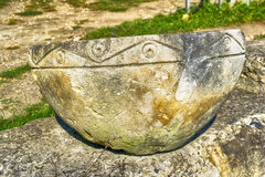 Αρχαίο κύπελλο πετρών Στοκ Εικόνα