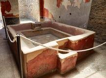 Αρχαίο λουτρό στην Πομπηία, Ιταλία Στοκ Φωτογραφία