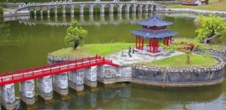 Αρχαίο μικροσκοπικό τοπίο αρχιτεκτονικής στο θαυμάσιο λαϊκό χωριό της Κίνας Στοκ Εικόνες