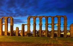 Αρχαίο ρωμαϊκό υδραγωγείο στο Μέριντα Ισπανία Στοκ Φωτογραφία