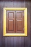 Αρχαίο ταϊλανδικό παράθυρο ύφους Στοκ φωτογραφία με δικαίωμα ελεύθερης χρήσης
