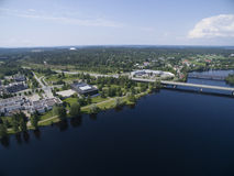 αρχαίο τραπεζών δύσκολο vuoksi ποταμών imatra της Φινλανδίας δασικό Στοκ Φωτογραφίες