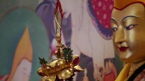 Αρχαίο χρυσό βουδιστικό scuplture φιλμ μικρού μήκους