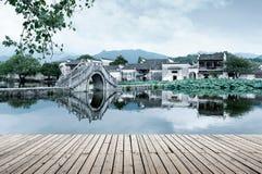 Αρχαίο χωριό και αρχαία γέφυρα, Anhui, Κίνα Στοκ φωτογραφία με δικαίωμα ελεύθερης χρήσης