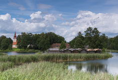 Αρχαίο χωριό στο νησί λιμνών Στοκ Φωτογραφία