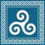 Αρχαίο triskelion συμβόλων ή triskele, παραδοσιακό κελτικό στοιχείο Στοκ Εικόνες