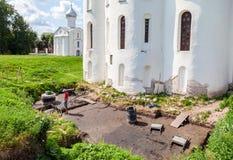 Αρχαιολογικές ανασκαφές στους τοίχους ενός αρχαίου καθεδρικού ναού Στοκ φωτογραφίες με δικαίωμα ελεύθερης χρήσης