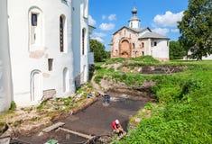 Αρχαιολογικές ανασκαφές στους τοίχους ενός αρχαίου καθεδρικού ναού Στοκ εικόνες με δικαίωμα ελεύθερης χρήσης