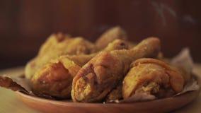Αρχικό τηγανισμένο συνταγή κοτόπουλο περιστροφής απόθεμα βίντεο