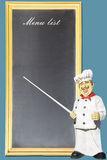 Αρχιμάγειρας που δείχνει στις επιλογές πινάκων Στοκ Εικόνες