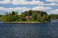 Αρχιπέλαγος της Στοκχόλμης, θερινό σπίτι (2) Στοκ εικόνα με δικαίωμα ελεύθερης χρήσης