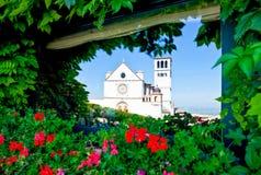 Αρχιτεκτονικές και θρησκεία σε Assisi στοκ εικόνα με δικαίωμα ελεύθερης χρήσης