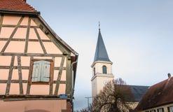 Αρχιτεκτονική λεπτομέρεια των χαρακτηριστικών και παραδοσιακών σπιτιών σε έναν smal στοκ εικόνες με δικαίωμα ελεύθερης χρήσης