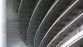 Αρχιτεκτονική με πολλούς κύκλους που συσσωρεύονται γύρω για να φανούν άνετος στοκ εικόνες