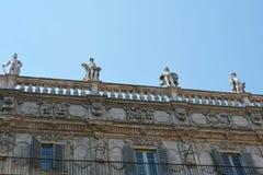 Αρχιτεκτονική στην πόλη της Βερόνα, Ιταλία Στοκ φωτογραφία με δικαίωμα ελεύθερης χρήσης