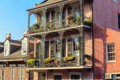 Αρχιτεκτονική της γαλλικής συνοικίας στη Νέα Ορλεάνη Στοκ φωτογραφία με δικαίωμα ελεύθερης χρήσης