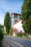 Αρχιτεκτονική του ισπανικού παραθαλάσσιου θερέτρου Blanes Φωτογραφία της βίλας, σε μια γραφική θέση στοκ φωτογραφία με δικαίωμα ελεύθερης χρήσης
