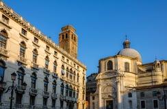Αρχιτεκτονική των ενετικών οδών στη Βενετία Στοκ Εικόνες