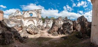 Αρχιτεκτονικός σύνθετος Λα Recoleccion στη Αντίγκουα, Guetemala Είναι μια προηγούμενη εκκλησία και το μοναστήρι της διαταγής ανακ στοκ φωτογραφία με δικαίωμα ελεύθερης χρήσης