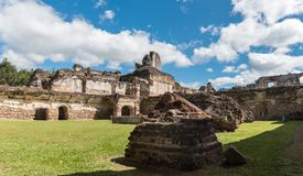 Αρχιτεκτονικός σύνθετος Λα Recoleccion στη Αντίγκουα, Guetemala Είναι μια προηγούμενη εκκλησία και το μοναστήρι της διαταγής ανακ στοκ εικόνες με δικαίωμα ελεύθερης χρήσης