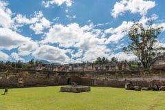 Αρχιτεκτονικός σύνθετος Λα Recoleccion στη Αντίγκουα, Guetemala Είναι μια προηγούμενη εκκλησία και το μοναστήρι της διαταγής ανακ στοκ φωτογραφία