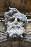 Αρχιτεκτονικό αρσενικό επικεφαλής άγαλμα πετρών στη Βενετία, Ιταλία στοκ εικόνα με δικαίωμα ελεύθερης χρήσης