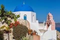 αρχιτεκτονικό ύφος santorini νησιών της Ελλάδας θόλων των Κυκλάδων εκκλησιών παραδοσιακό Στοκ Εικόνες