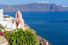 αρχιτεκτονικό ύφος santorini νησιών της Ελλάδας θόλων των Κυκλάδων εκκλησιών παραδοσιακό Στοκ φωτογραφία με δικαίωμα ελεύθερης χρήσης