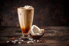 Αρωματικός καρύδα καφές στοκ φωτογραφίες