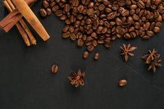 Αρωματικό σύνολο φραγμού σοκολάτας, arabica φασόλια καφέ Στοκ Εικόνες