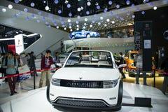 Ασία Κίνα, Πεκίνο, διεθνής αυτοκινητική έκθεση του 2016, εσωτερική αίθουσα έκθεσης, αυτοκινητοβιομηχανία του Πεκίνου, νέα ενέργει Στοκ εικόνες με δικαίωμα ελεύθερης χρήσης