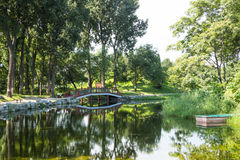 Ασία Κίνα, Πεκίνο, παλαιό θερινό παλάτι, τοπίο κήπων, γέφυρα λιμνών Στοκ Εικόνες