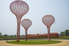 Ασία Κίνα, Πεκίνο, Yanqing, παγκόσμιο κρασί EXPO, σύγχρονο γλυπτό ŒLandscape, μπουκάλι architectureï ¼ κρασιού Στοκ εικόνα με δικαίωμα ελεύθερης χρήσης