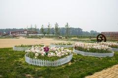 Ασία Κίνα, Πεκίνο, Yanqing, παγκόσμιο κρασί EXPO, σύγχρονο γλυπτό ŒLandscape architectureï ¼, Στοκ Εικόνα