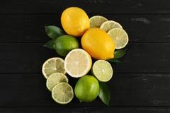Ασβέστες και λεμόνια Στοκ Εικόνες