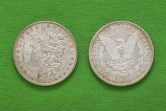 Ασημένια αμερικανικά δολάρια 1880 του Morgan εμπρόσθια αντιστροφή Στοκ εικόνα με δικαίωμα ελεύθερης χρήσης