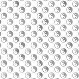 Ασημένια γκρίζα ισορροπία τα μεταλλικά κινέζικα Yin Yang Tao φύλλων αλουμινίου Faux Στοκ φωτογραφίες με δικαίωμα ελεύθερης χρήσης
