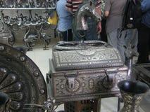 Ασημένια εργαλεία στο κατάστημα στοκ φωτογραφίες