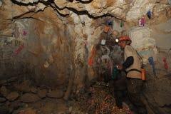 Ασημένια παραγωγή στο ορυχείο στοκ εικόνες