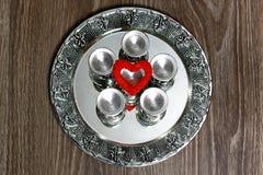 Ασημένιο κόκκινο μορφής καρδιών Στοκ φωτογραφία με δικαίωμα ελεύθερης χρήσης