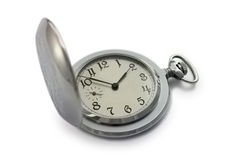 Ασημένιο ρολόι τσεπών στην άσπρη ανασκόπηση Στοκ φωτογραφία με δικαίωμα ελεύθερης χρήσης