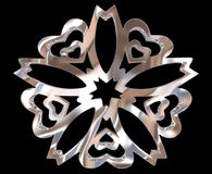Ασημένιο χειμερινό snowflake σε ένα μαύρο υπόβαθρο Στοκ Εικόνες
