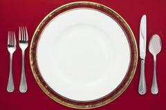 Ασημικές και πιάτο στοκ εικόνες