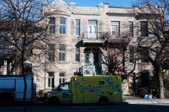 Ασθενοφόρο στην οδό Στοκ Φωτογραφίες