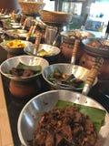 Ασιατικά τρόφιμα μπουφέδων Στοκ εικόνες με δικαίωμα ελεύθερης χρήσης