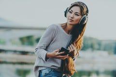 ασιατικές νεολαίες γυναικών Στοκ φωτογραφίες με δικαίωμα ελεύθερης χρήσης